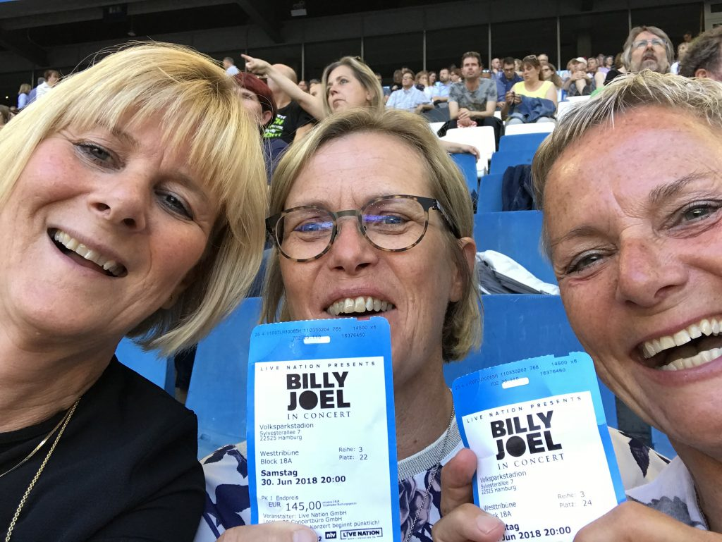 Billy Joel fans