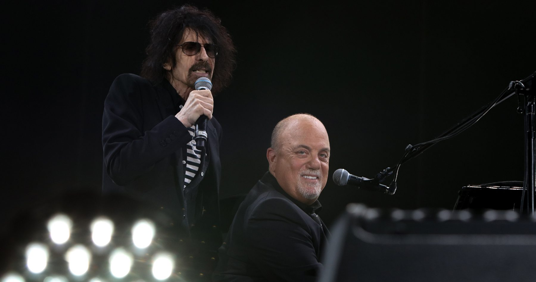 """Peter Wolf of J. Geils Band performs """"Centerfold"""" during Billy Joel concert at Fenway Park Boston, MA, August 10, 2018"""