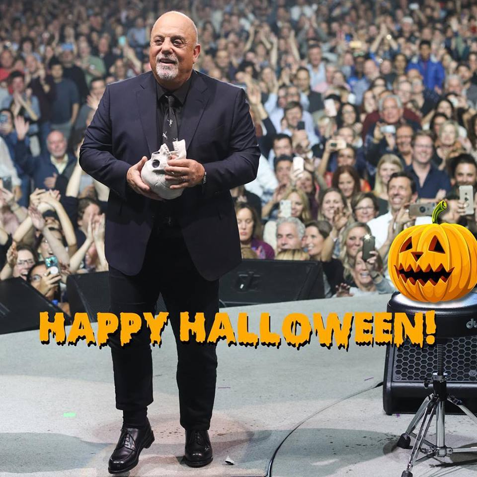 Billy Joel celebrates Halloween on stage at Madison Square Garden in New York, NY October 27, 2018