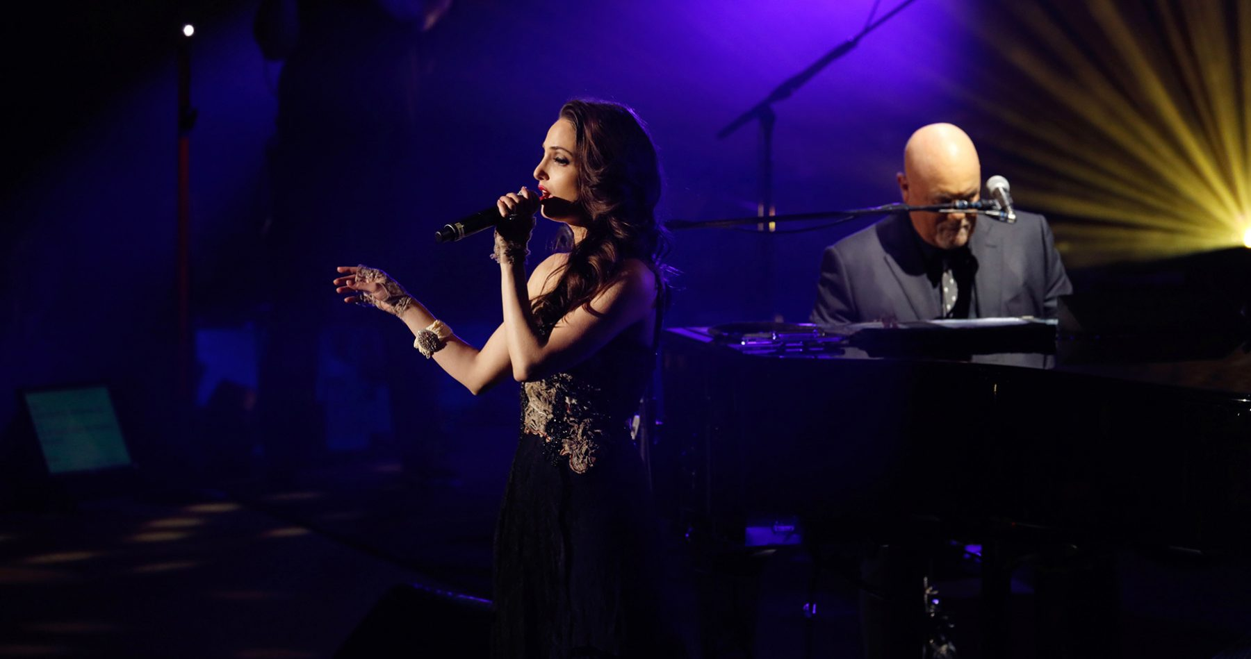 Alexa Ray Joel performs New York State Of Mind with father Billy Joel during his Valentine's Day concert at Madison Square Garden February 14, 2019