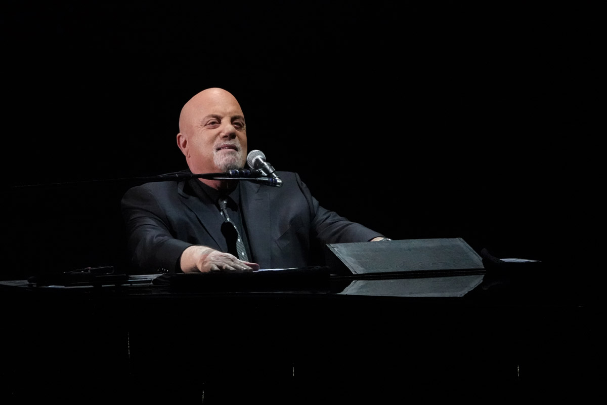Billy joel at madison square garden february 14 2019 - Billy joel madison square garden february 21 ...