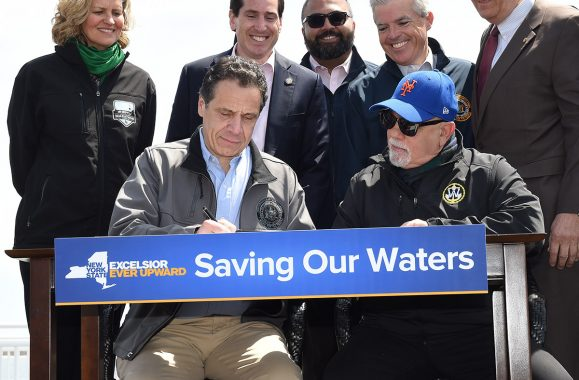 Gov. Cuomo, Joined By Billy Joel, Signs NY Offshore Drilling Ban – Newsday