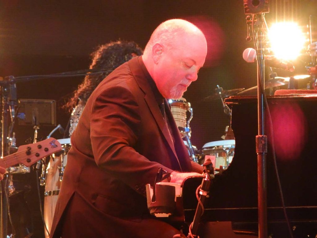 Billy Joel At Wembley Stadium – June 22, 2019 (Photo 8)