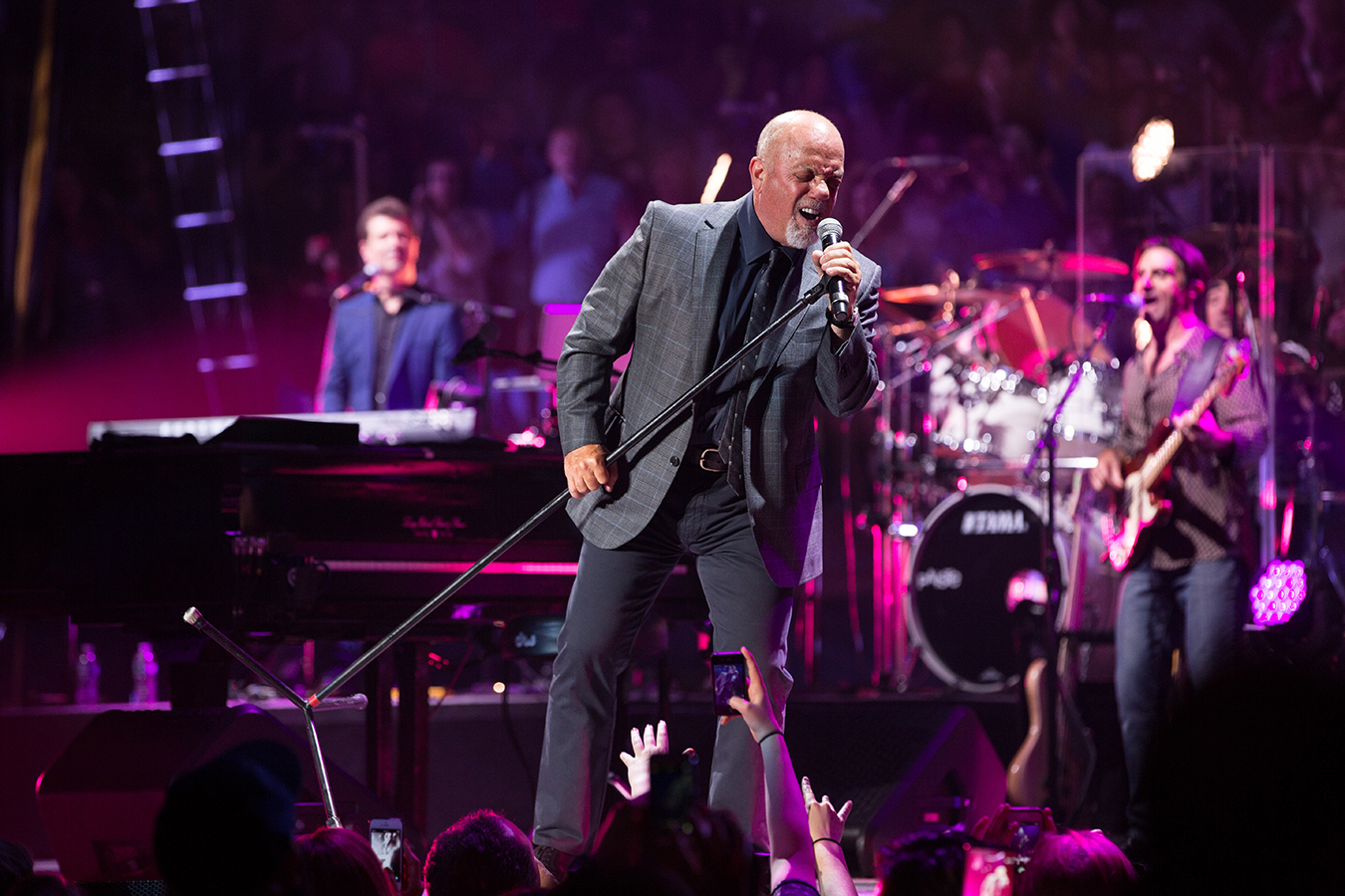 Billy Joel At Madison Square Garden On Friday, April 10