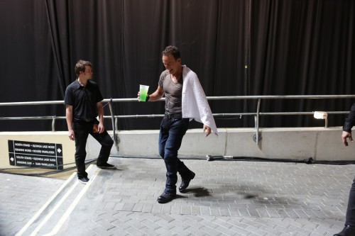 Back to the dressing room but… who kissed Ross the security guard? When the cat's away!