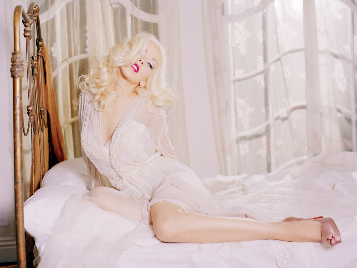 christina_aguilera_back_to_basics002
