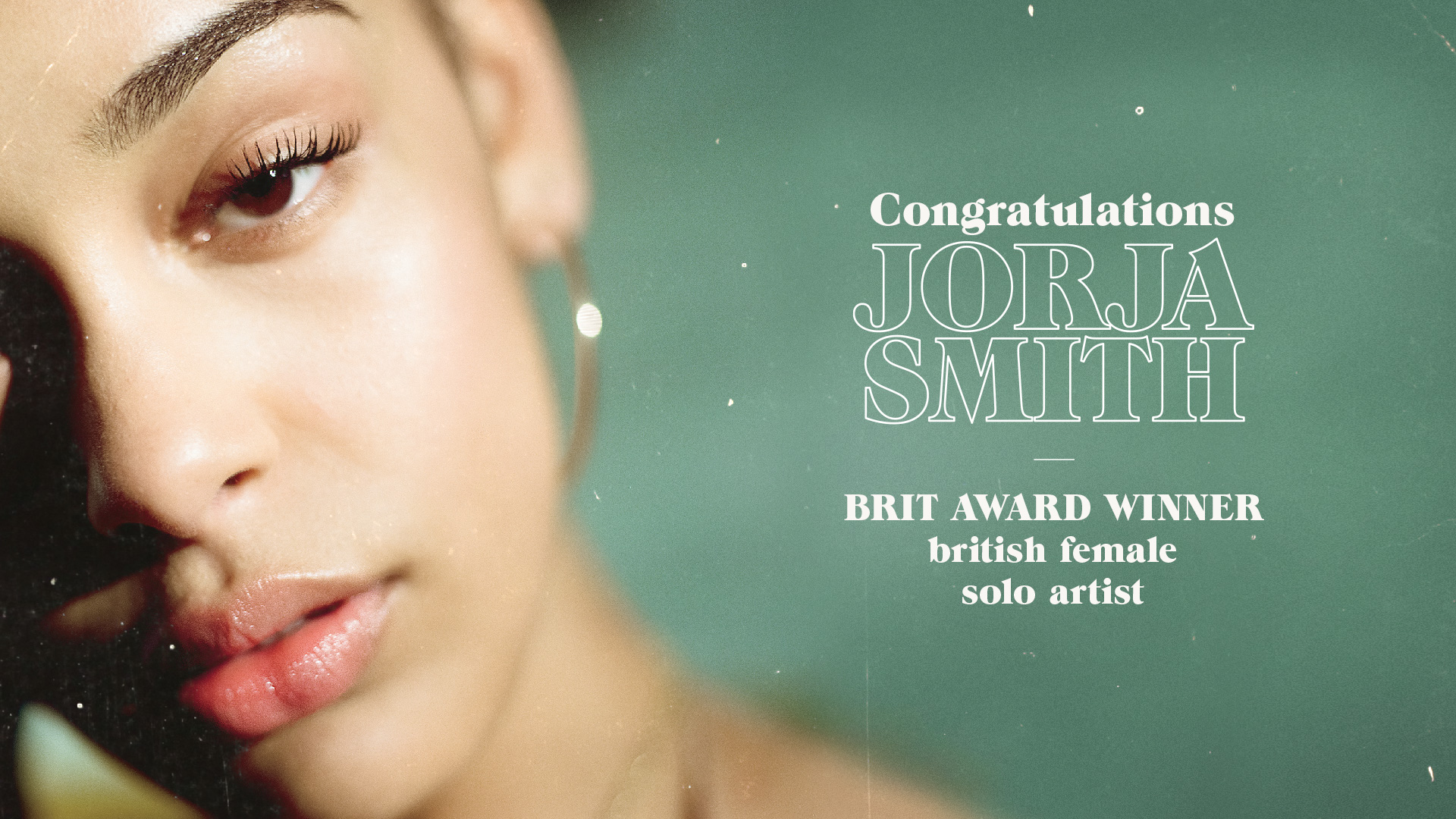 Jorja Smith Wins the BRIT for British Female Solo Artist