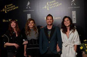 Imagen de Dani Martín y las actrices que lo acompañan en el vídeo Como me gustaría contarte
