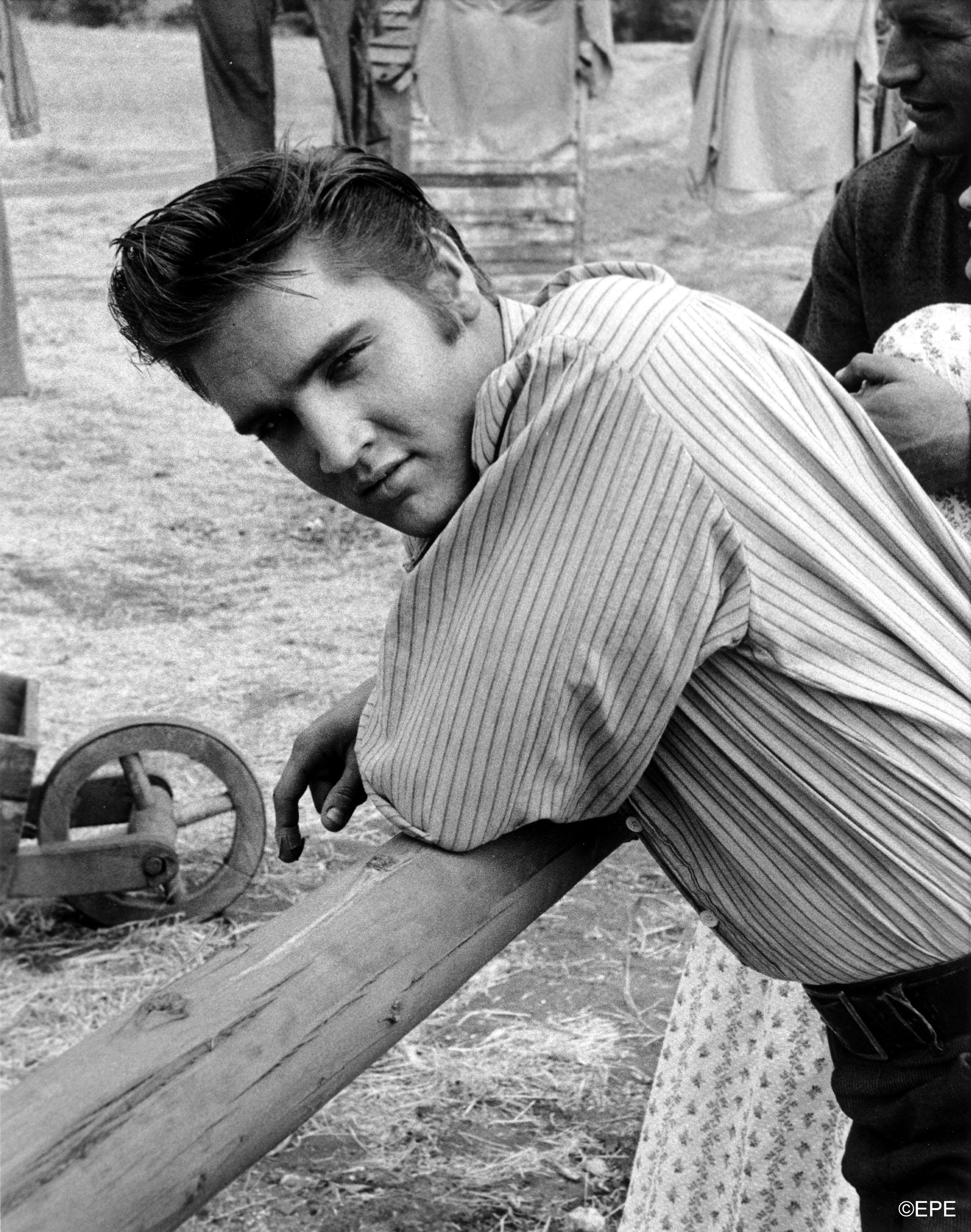 """Promobild für seinen ersten Film """"Love Me Tender"""", 1956"""