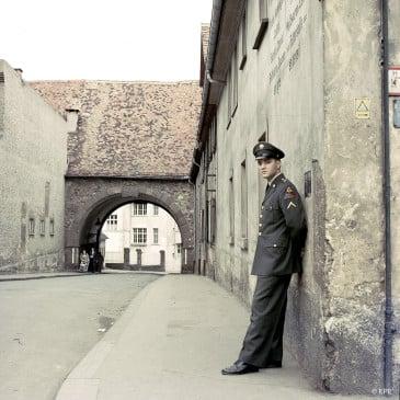 Elvis während seines Militärdienstes in Bad Nauheim, 1959