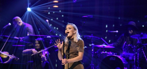 THE TONIGHT SHOW STARRING JIMMY FALLON -- Episode 0453 -- Pictured: Musical guest Zara Larsson performs on April 12, 2016 -- (Photo by: Andrew Lipovsky/NBC)