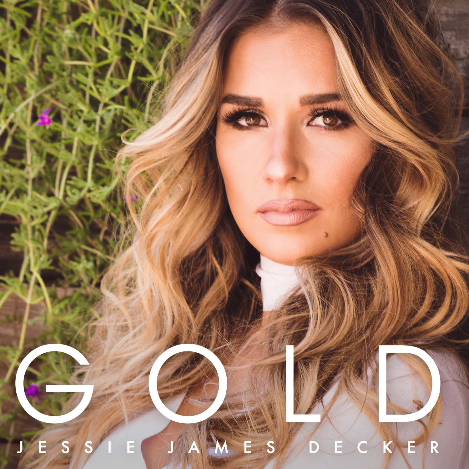 JESSIE JAMES DECKER SHINES ON NEW EP GOLD - AVAILABLE NOW - Epic Records