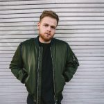 "BUZZING UK SINGER-SONGWRITER TOM WALKER RELEASES ""LEAVE A LIGHT ON"""
