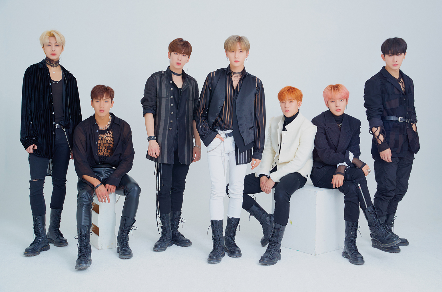 MONSTAX press