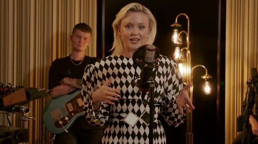 ZARA LARSSON WELCOMED RADIO TASTEMAKERS TO #LOVEMELANDLOUNGE WITH SHOW-STOPPING LIVE PERFORMANCE