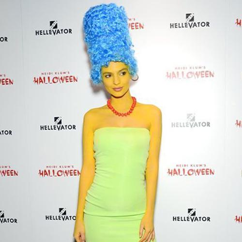 Emily Ratajkowski als Marge Simpson.