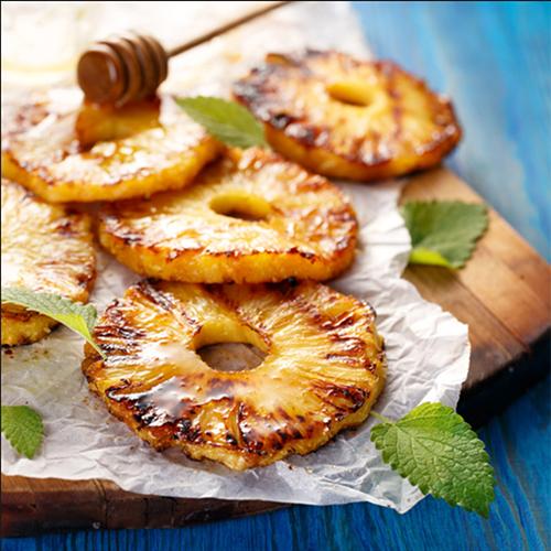 Gegrillte Ananas mit Honig