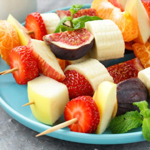 Fruchtspieße für den Grill