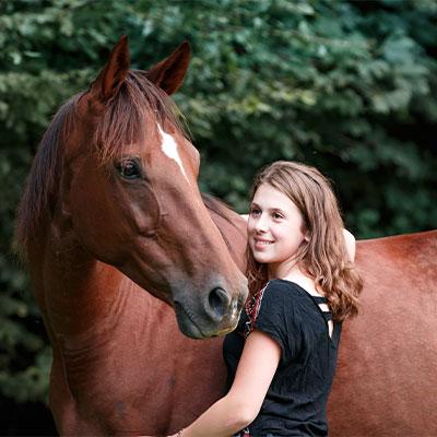 Stärke das Vertrauen mit deinem Pferd