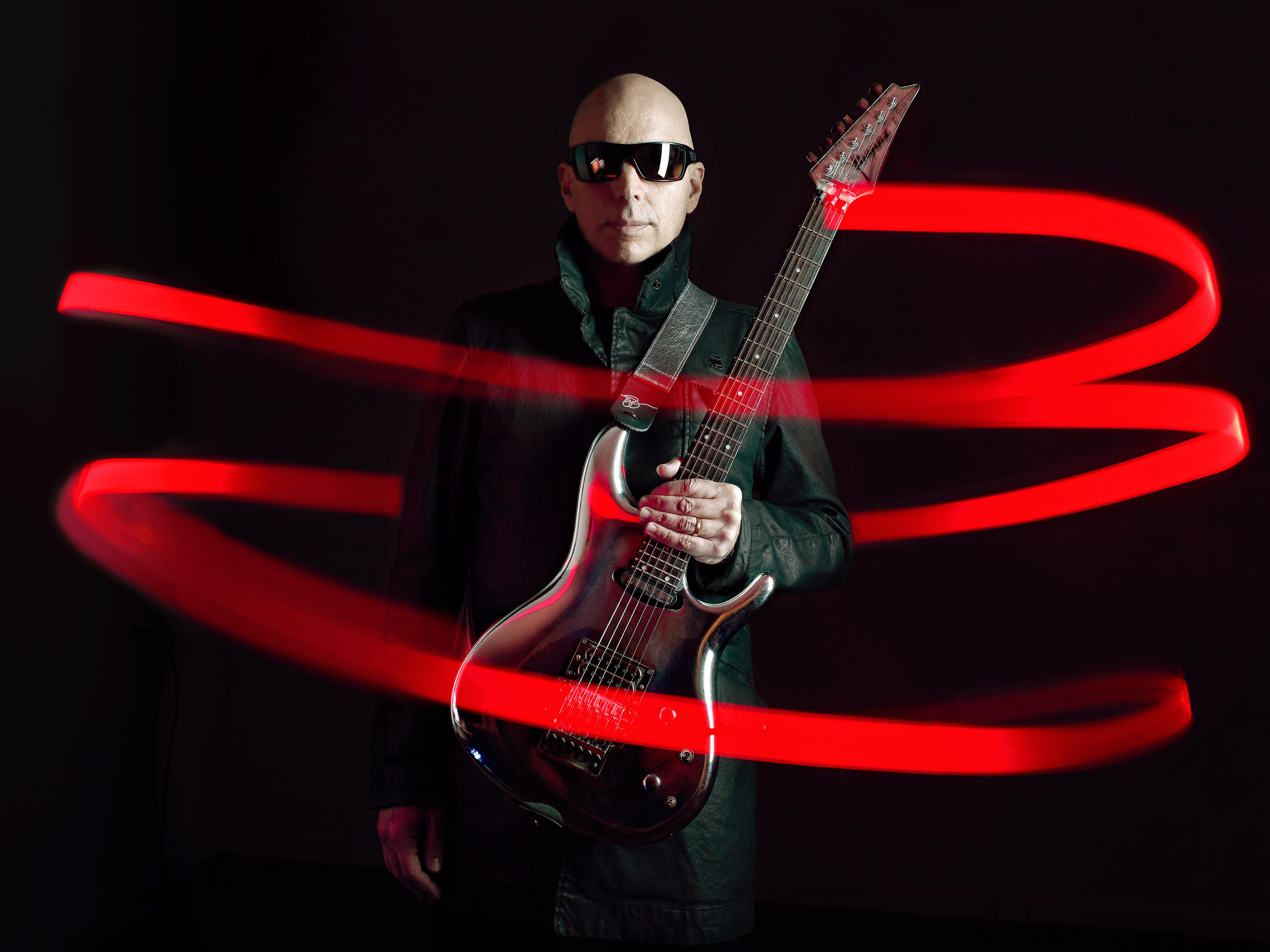 Joe Satriani (c) Joseph Cultice