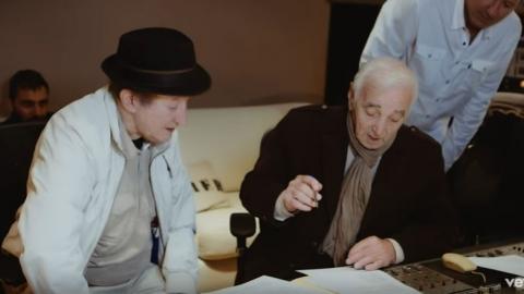 Idir en duo avec Charles Aznavour – La Bohème (interview en studio)