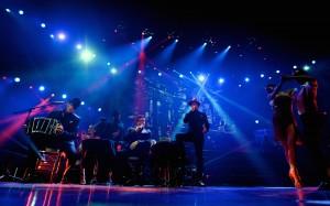 IL-DIVO-Lead-Tango-Bar-Bandenon-(cropped)