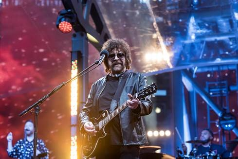 Showtime® to Premiere Documentary 'JEFF LYNNE'S ELO: WEMBLEY OR BUST' on Friday, July 27 at 9PM ET/PT