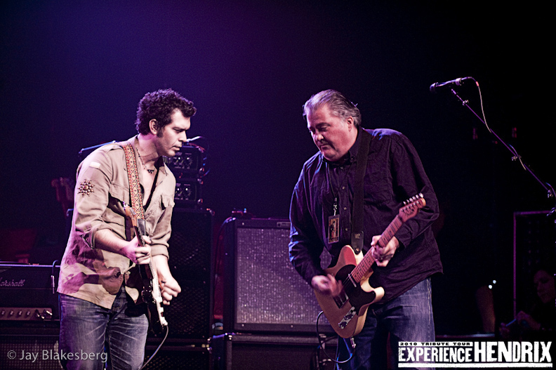 Doyle Bramhall II and David Hidalgo of Los Lobos