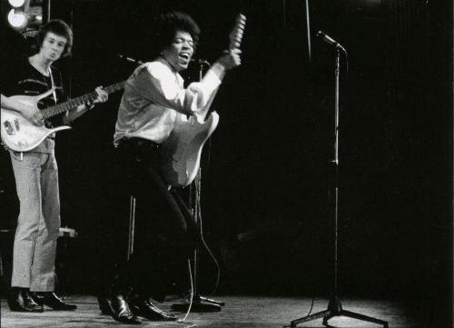 Jimi-Hendrix-Olympia-18-octobre-1966