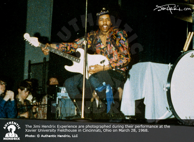 the unique guitar blog the many guitars of jimi hendrix
