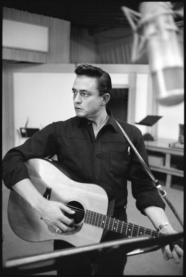 Columbia_Records_Photography_Archive_90503_Johnny_Cash