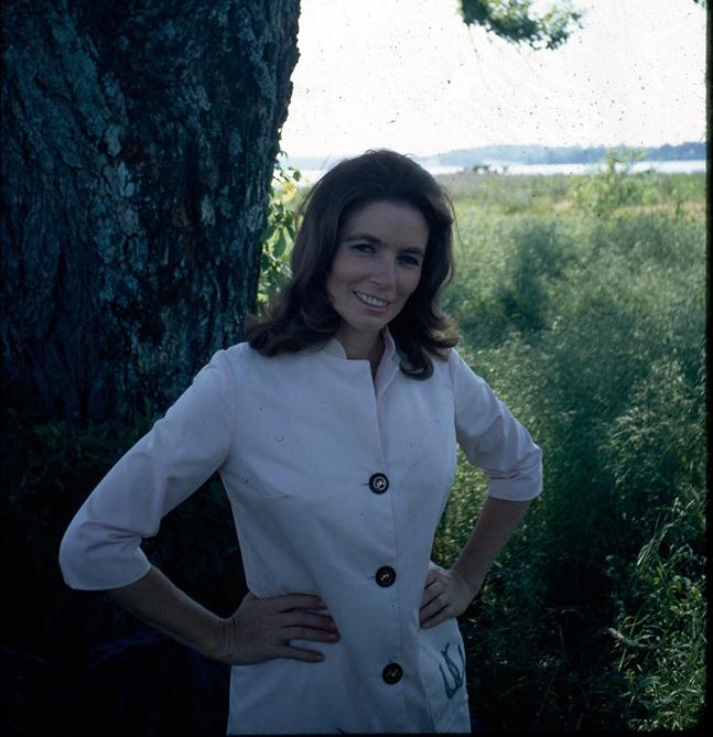 Remembering June Carter Cash thumbnail
