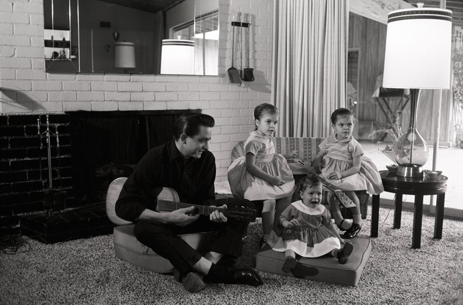 Johnny Cash and three daughters