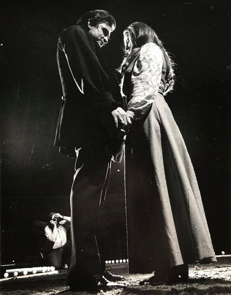 Johnny Cash proposes marriage to June Carter February 22, 1968