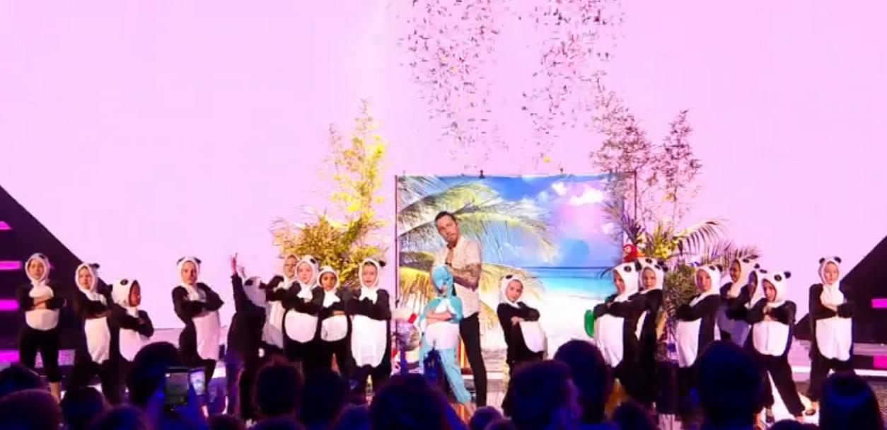 Coco Câline en live aux NRJ Music Awards