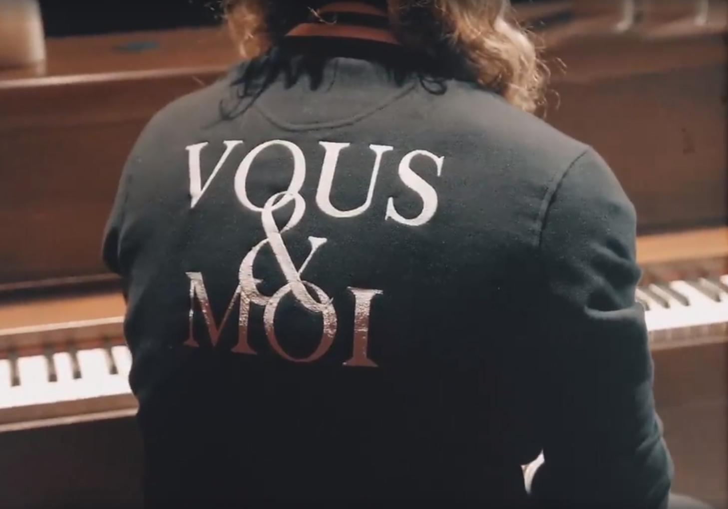 VOUS & MOI (vidéo)