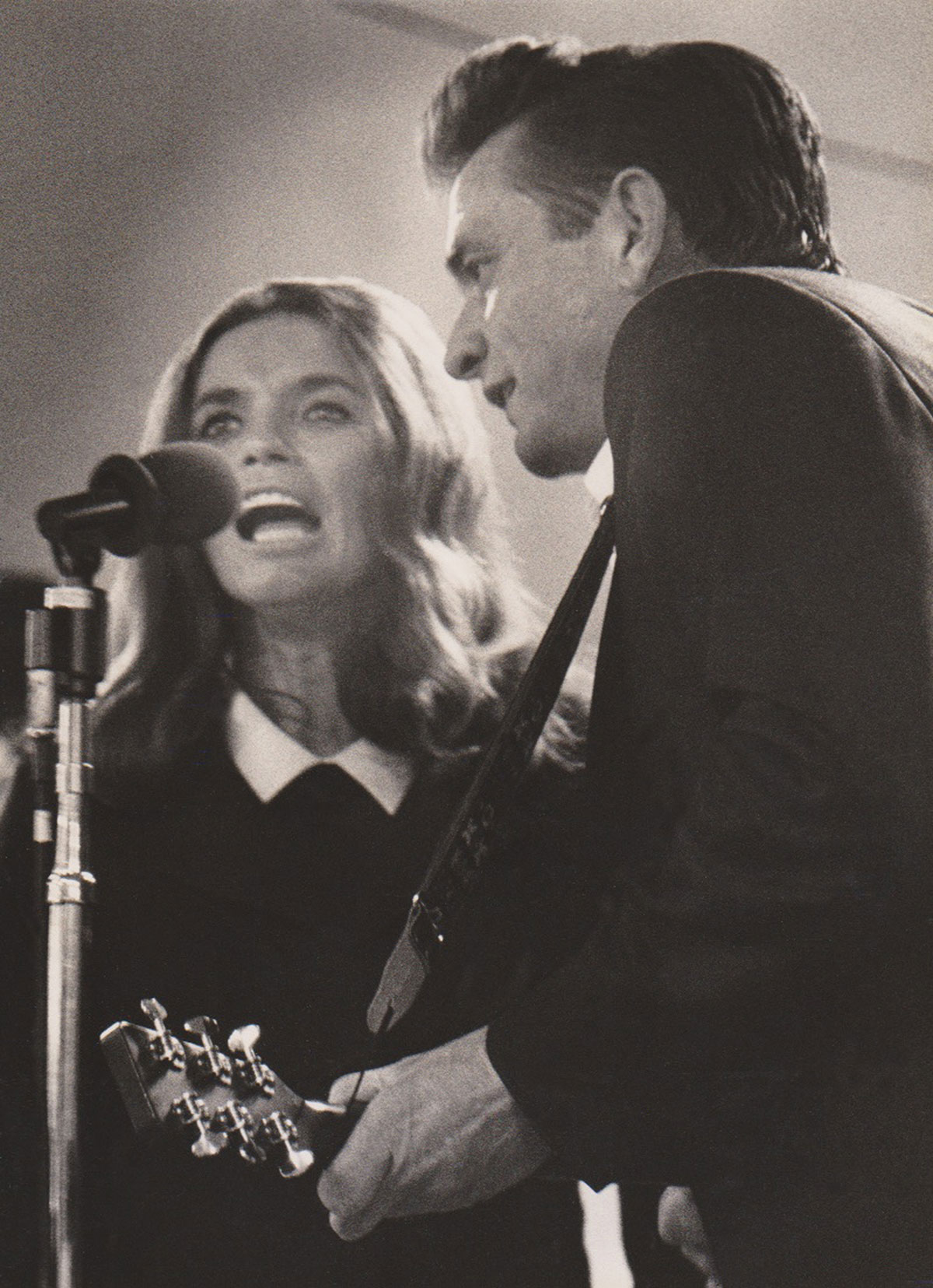 June Carter and Johnny Cash perform at Folsom Prison