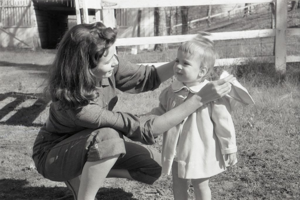 June Carter and daughter Carlene in 1956