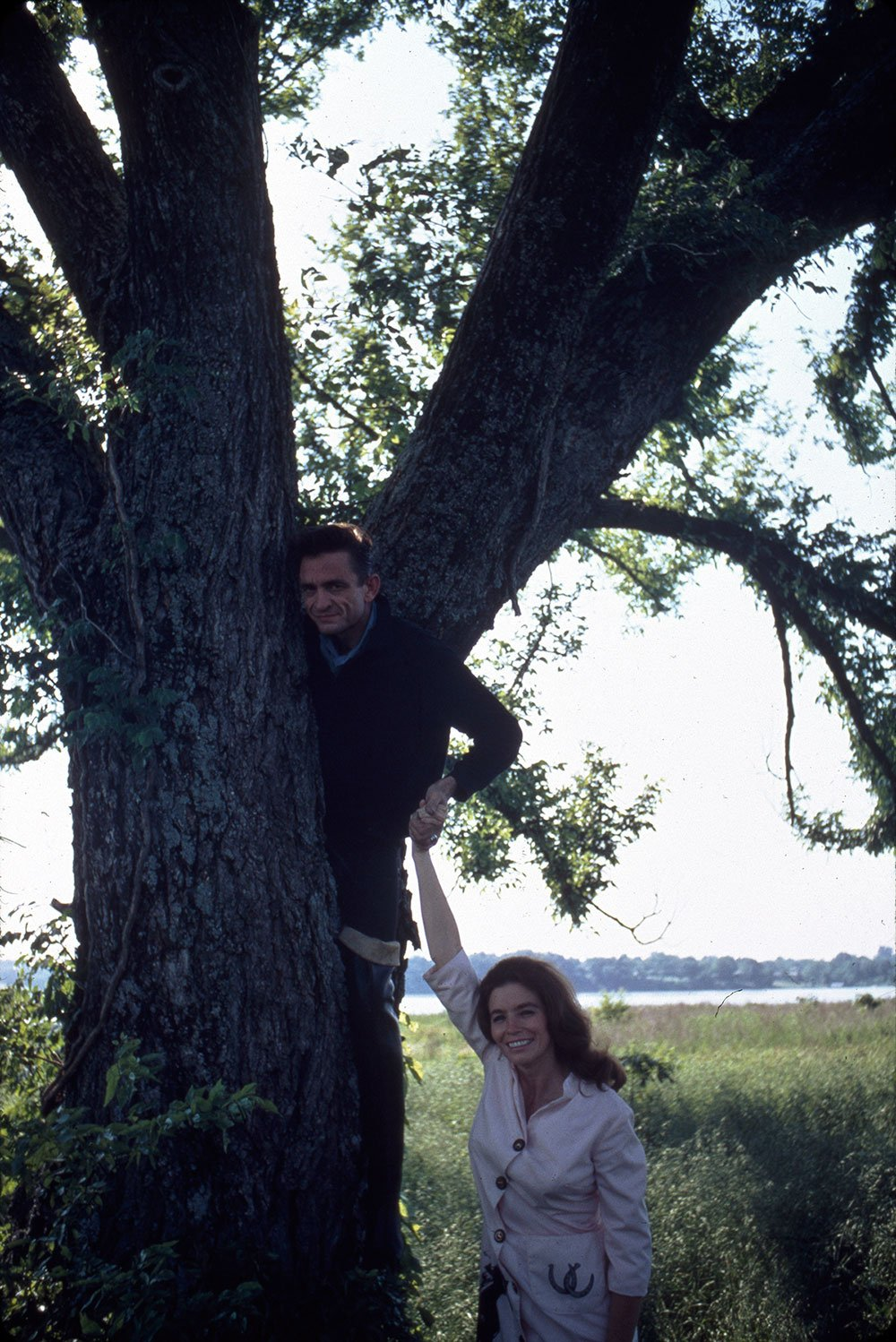 Photo shoot for 'Carryin' On with Johnny Cash & June Carter' in July 1967