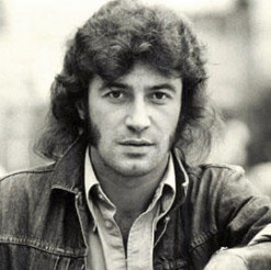 Albert-Hammond-Bio_photo_homepage