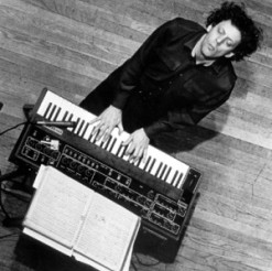 Philip_Glass_02-e1392211286237-300×300