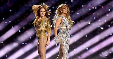 Re-Live The Super Bowl Halftime Show With Shakira & Jennifer Lopez