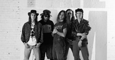 Pearl Jam Celebrates 30th Anniversary Of 'Ten' & 25th Anniversary Of 'No Code'