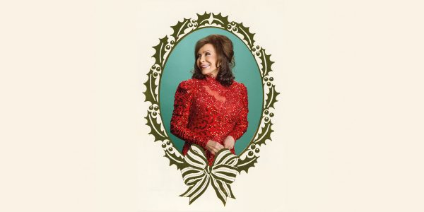 Loretta Lynn – White Christmas Blue – Out Now