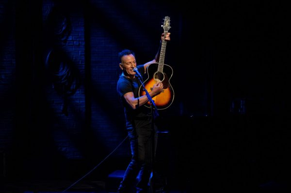 SPRINGSTEEN ON BROADWAY – ALBUM & NETFLIX SHOW