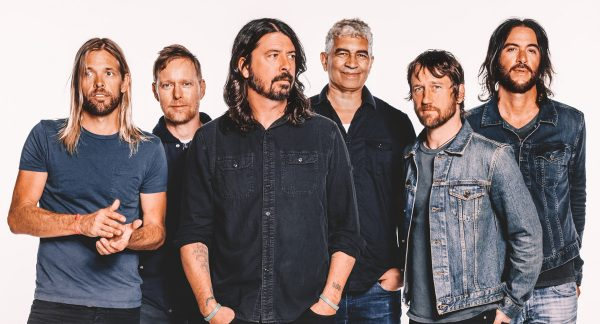 ARTIST OF THE MONTH: FOO FIGHTERS