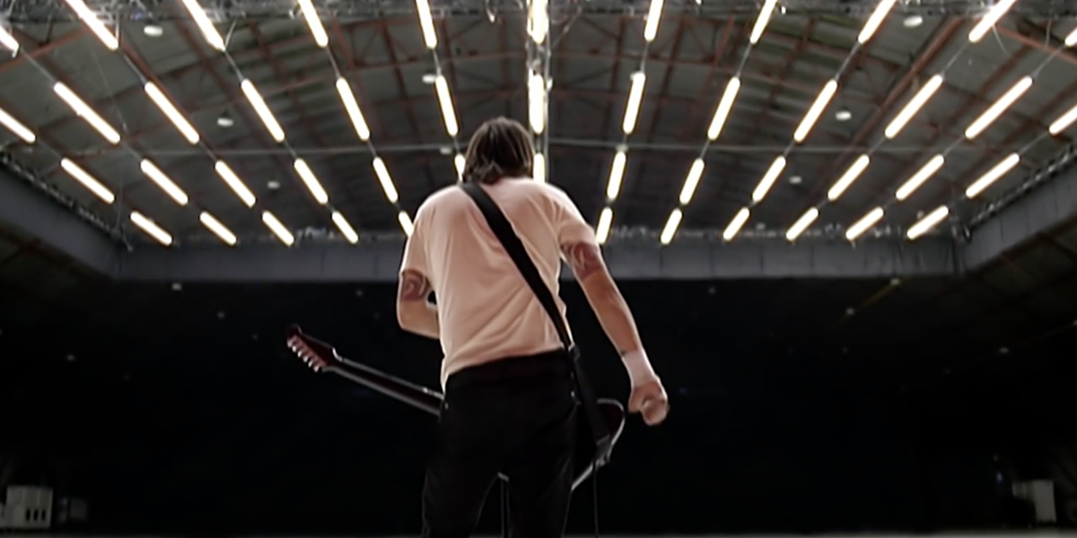 Video of the Week: Foo Fighters - The Predender