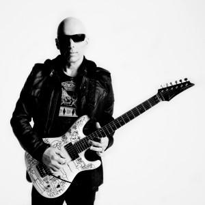 Joe Satriani (square)