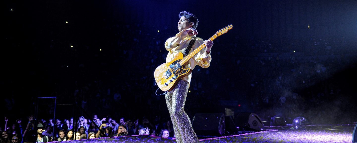 Prince_w2a live photo2 credit – Kevin Mazur-237250113