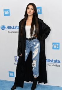 madison-beer-at-we-day-california-in-los-angeles-04-27-2017-1_thumbnail